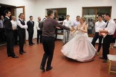 Menyasszonytánc (100)